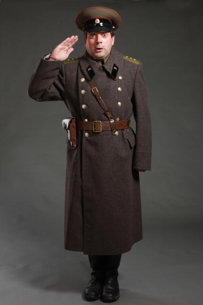 Мужская и женская военная форма разных времён Советской и Российской армии.  Товарищи! .