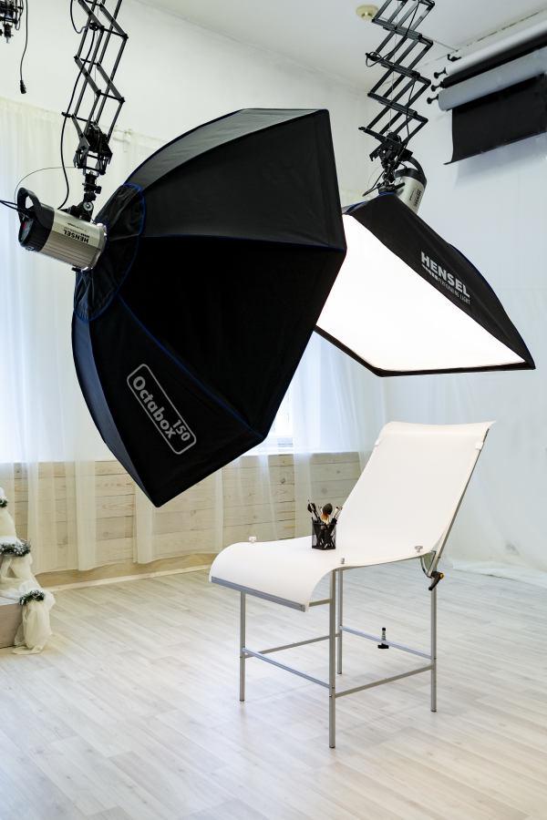 фотостудия для предметной фотосъемки чесночном соусе