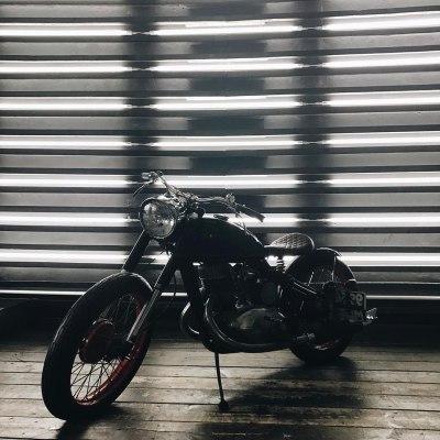 Фотостудия с мотоциклом москва работа студенткам девушкам москва